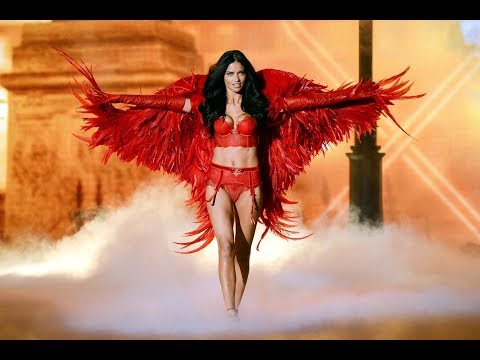 Top 10 Best Walks with 10 Models in Victoria's Secret History