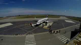 Primo volo Ryanair a Crotone