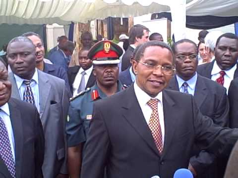 President Jakaya Kikwete at Seacom's Fibre Optic Cable station launch (MichuziBlog)