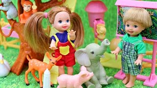 BARBIE KELLY PETTING ZOO!!! Kids Have Fun Playing With Animals Vintage Barbie Playset