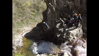 Video canyoning in the Orgon's waterfall in Occitanie download MP3, 3GP, MP4, WEBM, AVI, FLV November 2017
