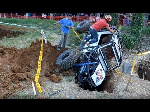 4x4 Offroad extreme trial and difficult circuit.