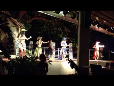 Hilton Guam Tree Bar Dancers
