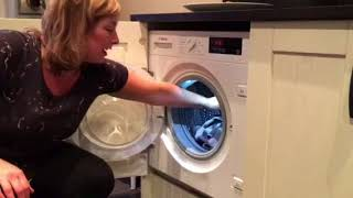 Review of Bosch Serie 6 WIW28300GB Integrated 8Kg Washing Machine with 1400 rpm