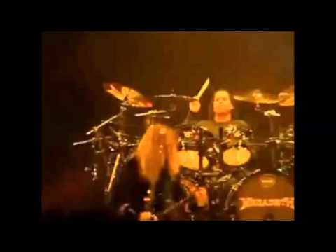 Megadeth play w/ drummer Tony Laureano in Beijing, China video released!