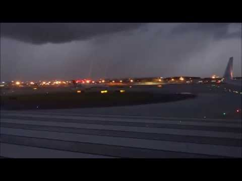 Scary American 737 Atlanta Takeoff In Thunderstorms!!! HD