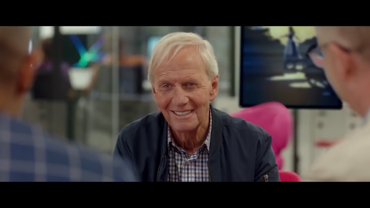 The Very Excellent Mr Dundee Trailer 2020 Paul Hogan And Jacob Elordi Trailers For You Youtube