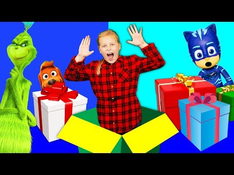 The Grinch is stopped by the Assistant and PJ Masks Christmas Patrol  with Puppy Dog Pals