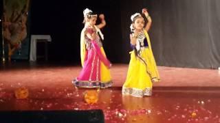 Kanha Bansi Bajaye radha daudi chali aaye....By Ananya Lohar (Rawatbhata)