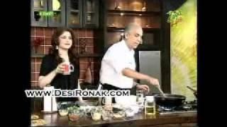 Chicken Jalfrezi_ Lauki Ka Halwa And Aloo Gobi Ki Sabzi (potato Cauliflower Vegetable)