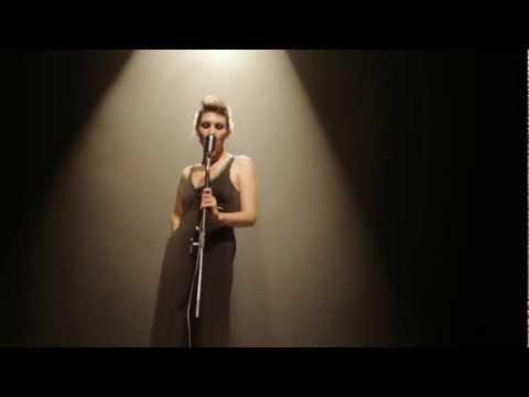 Karen Souza - Paris (Live)