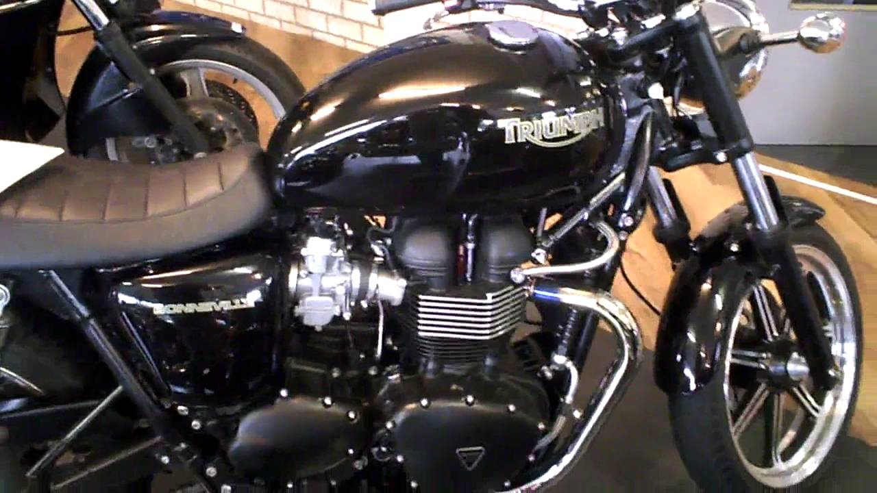 TRIUMPH motorcycles 2011 all models + racing bike. - YouTube