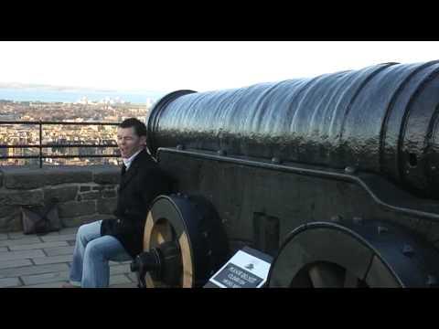 Edinburgh revealed in Robbies Magical guide