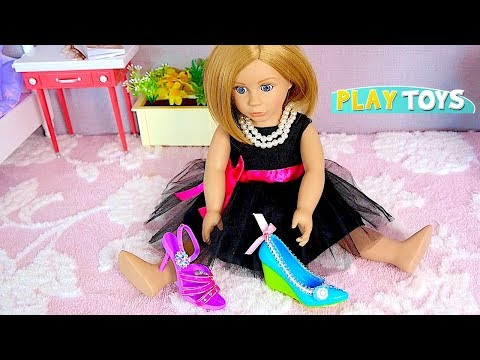 Thumbnail: Play American Girl Doll Shoe Accessories Decoration in Doll Wardrobe in Doll room by Play Toys!