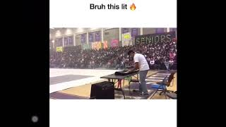 "Kid plays ""still Dre"" at talent show"