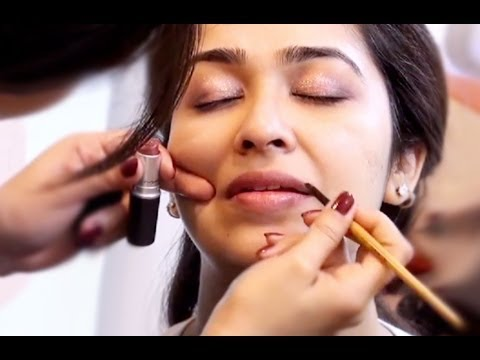 SOUTH INDIAN MAKEUP LOOK FOR DARK SKIN - YouTube
