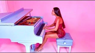 Lola Astanova - Moment Musicaux No. 4