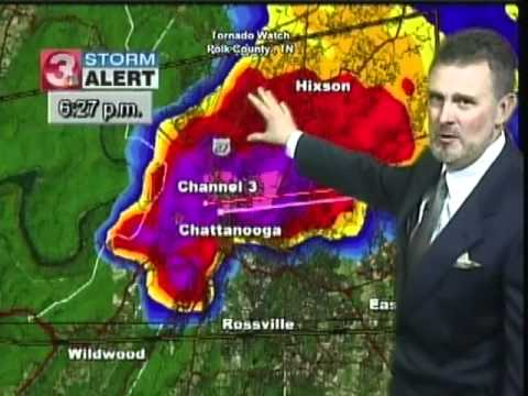 REPORTER GETS NERVOUS AS STORM HITS NEWS STATION TN