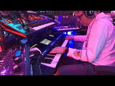 Michael XX - YAMAHA GENOS- ROCK IMPROVISATION