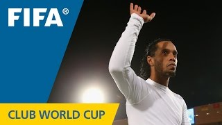 Awesome Ronaldinho goal can't stop Raja