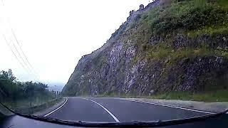 Download Video Detik detik terjadi Kecelakaan Mobil Masuk Jurang 2 Orang Korban MP3 3GP MP4