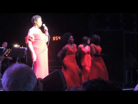 Aretha Franklin, DTE Energy Music Theatre, July 12, 2014