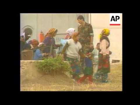 Uzbekistan - Tajik refugees repatriated