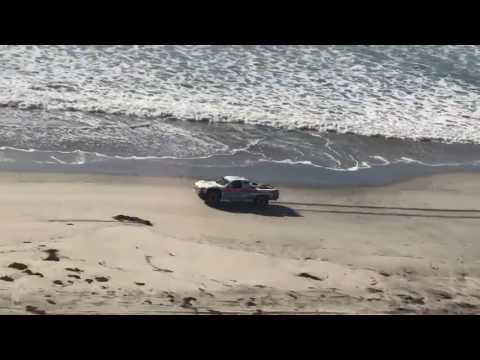#Baja1000 - Robby Gordon Tearing Down The Beach