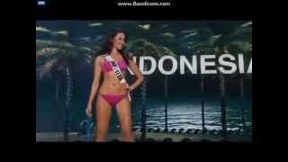 Miss Universe Indonesia 2014 Elvira Devinamira Preliminary Swimsuit Competition