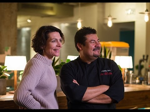 Roast tomato molcajete salsa - Thomasina Miers and Alejandro Ruiz