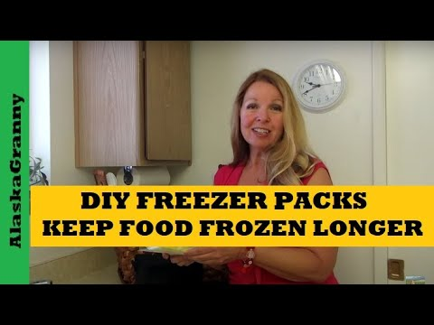 DIY Ice Packs To Keep Food Cold Longer