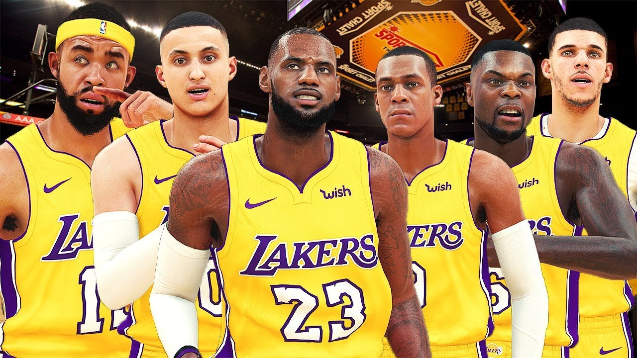 La Lakers Vs Warriors First Game Showtime Or Circus