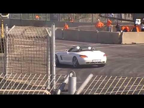 Top Gear Festival Durban 2014: Stig in the Mercedes SLS Roadster