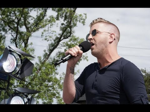 Billy Gilman sings There's a Hero (full) : Station Fire Memorial Park 05/21/17 - Song Dedication