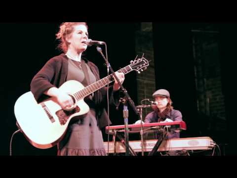 Soundcheck Sessions: Dar Williams, Interview