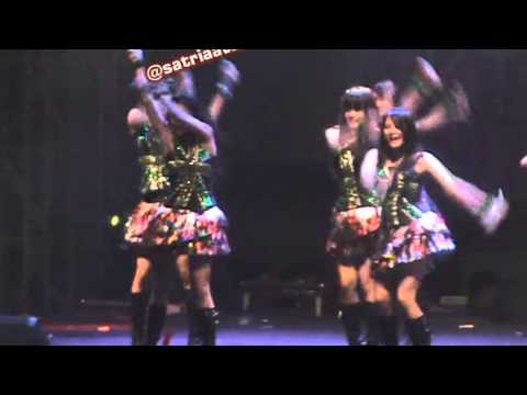 Oogoe Diamond (Teriakan Diamond) JKT48 GOR UNY 2013