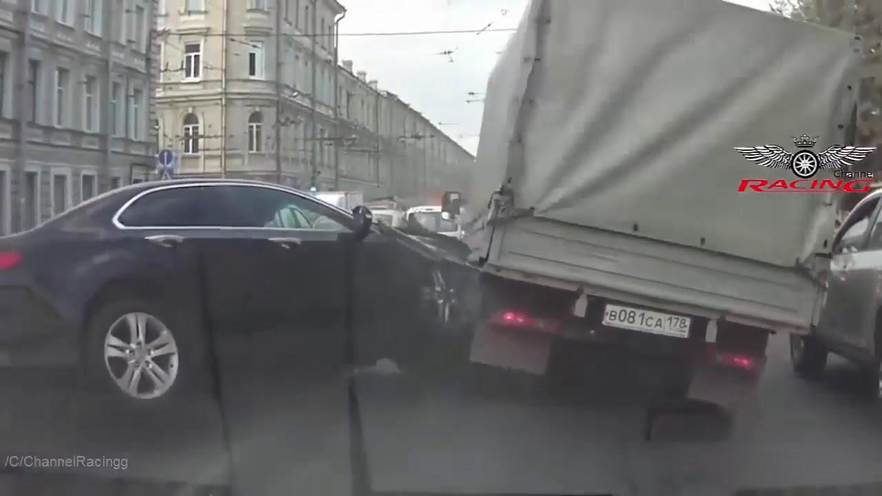 ULTIMATE IDIOT TRUCK CRAZY DRIVERSПридурки за рулем...Аварии...Дебилы на дороге.-- #6