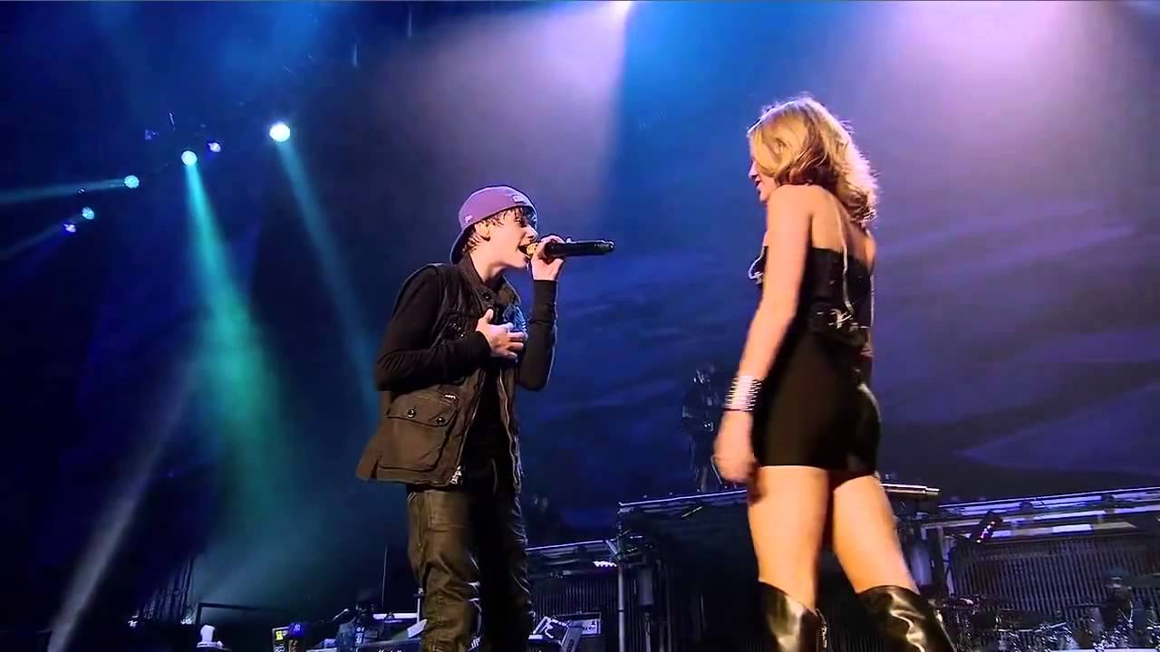 Miley Cyrus Justin Bieber Overboard Live At Ao Vivo No Madison Square Garden Youtube