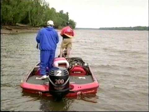 2000 FLW -- Mississippi River Part 1