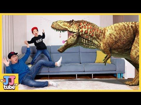 카드 속 공룡이 뿅! 마법의 공룡카드 배틀 놀이! 점박이 한반도의 공룡 2 개봉 쥬라기 월드 공룡 장난감 코스튬 상황극 놀이 [제이제이 튜브-JJ tube]