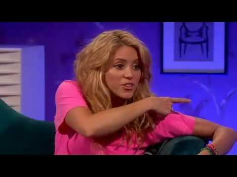 "Shakira en ""Allan Carr Chatty Man"" (www.Shakira-Argentina.com.ar)"