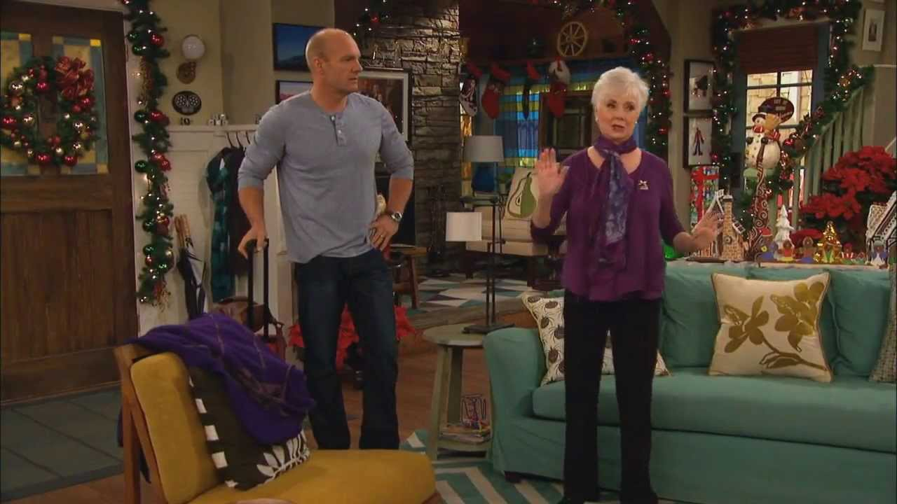 Download Good Luck Charlie - S03E20 - A Duncan Christmas Part 1 of 6