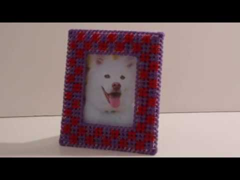 How to make a plastic canvas photo frame - YouTube