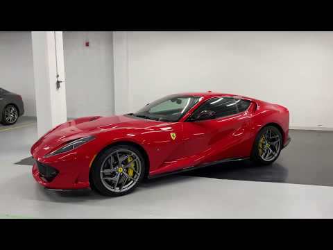 2019 Ferrari 812 Superfast - Revs + Walkaround 4k