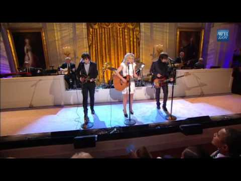 """The Band Perry Performs """"If I Die Young""""   In Performance At The White House"""