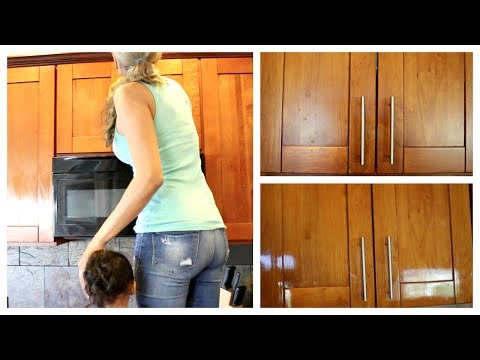 CLEANING THE KITCHEN CABINETS | SPEED CLEANING | MONDAY MOTIVATION