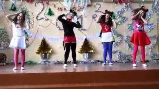 """Танец """"Микки Маус"""""""