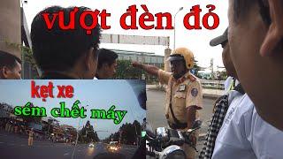 Việt Lê dẫn đoàn xe Trung Nguyên - Được CSGT giải vây kịp thời