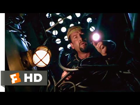 Virus 1998  Tiny Terror in the Engine Room  210  Movies
