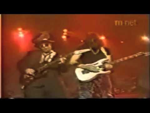 Steve Vai - Crossroads Duel Live - Fire Garden Tour